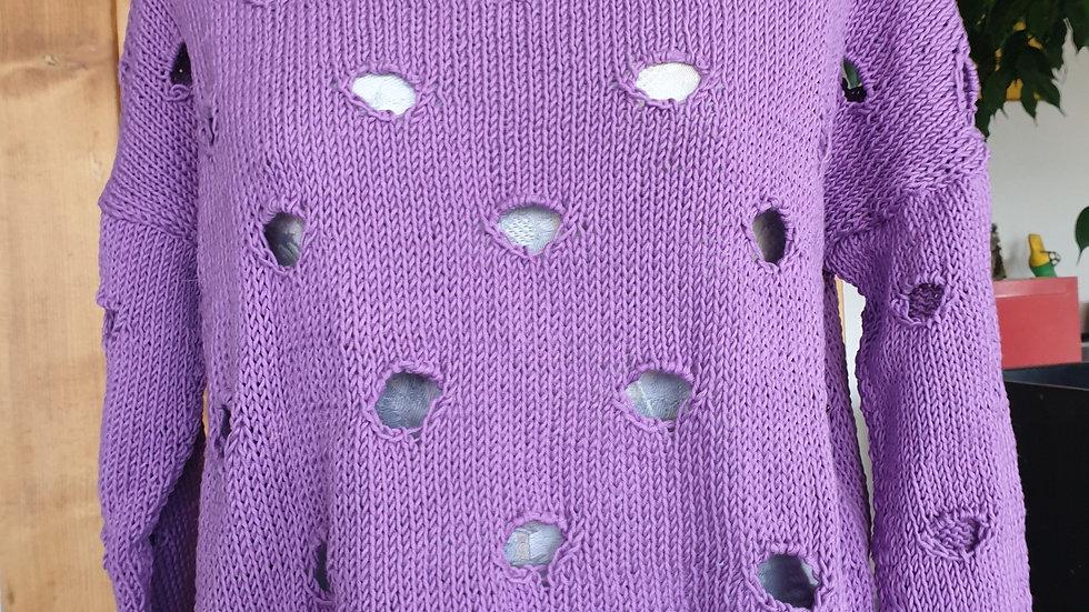 Violette Löcher