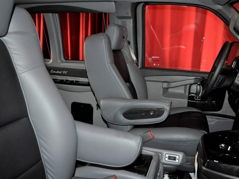 EX19-010 inside seats