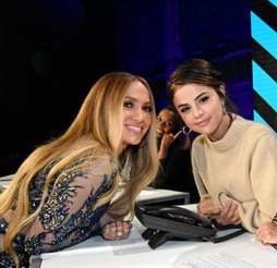 Selena Gomez felt nervous standing next to Jennifer Lopez