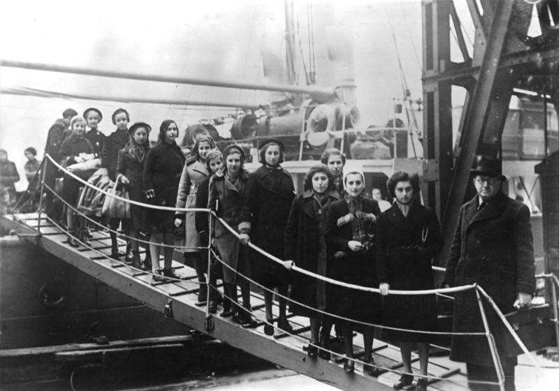 (The above image is claimed as Fair dealing under Australian copyright law. Jewish refugees entering London after WW2. Will any refugees enter Australia before the next world war. God only knows.)