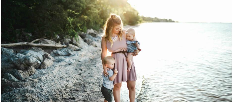 OHIO PHOTOGRAPHER | Mom + Me - Paige
