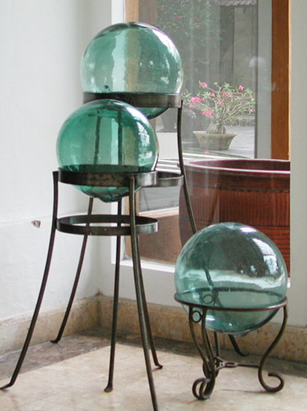 Bulle en verre décorative