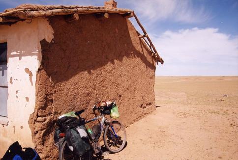 Mongolie_desert_2002.jpg