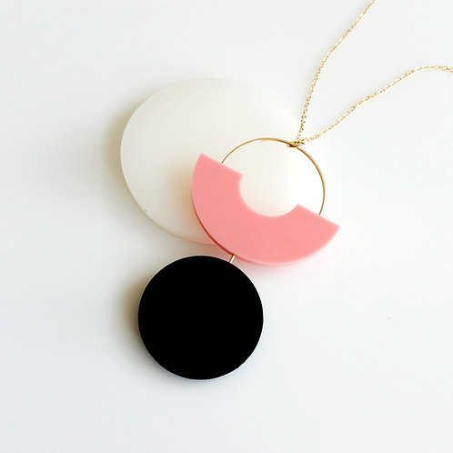 Shapes Play Necklace Pink