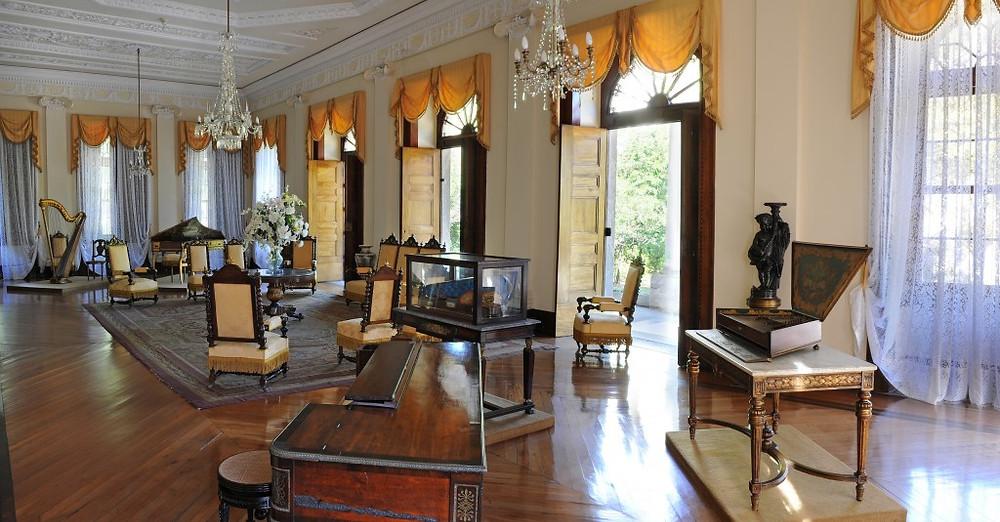 Museu-Imperial-Sala-de-música-e-baile-1024x535 (1).jpg