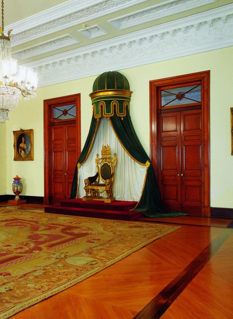 Museu-Imperial-Sala-de-Estado-749x1024.jpg
