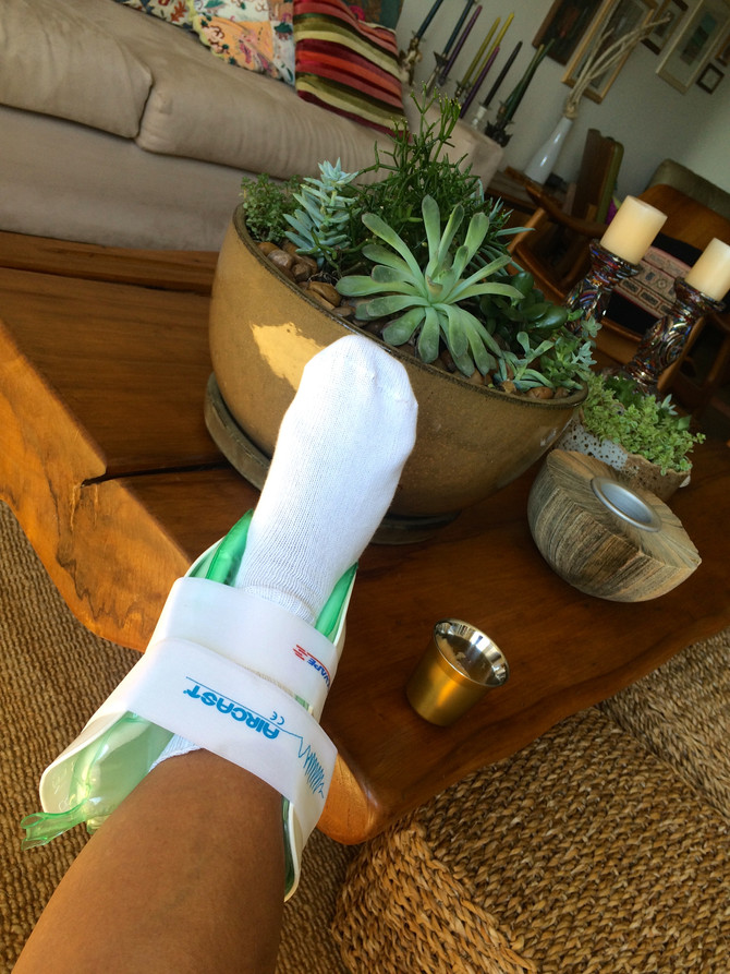 Como eu não estou ruim da cabeça, só doente do pé ...