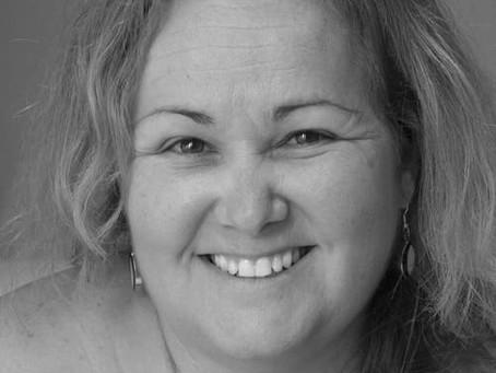 """El valor es la linfa misma de la vida: Sonia Díaz Corrales, """"El puente de los elefantes"""""""