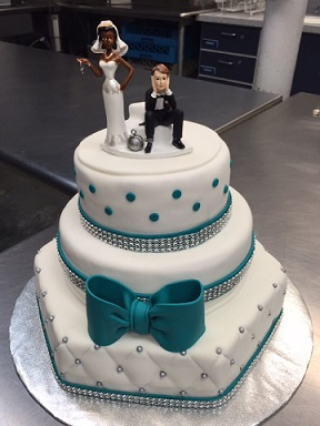 Classic teal/white wedding cake