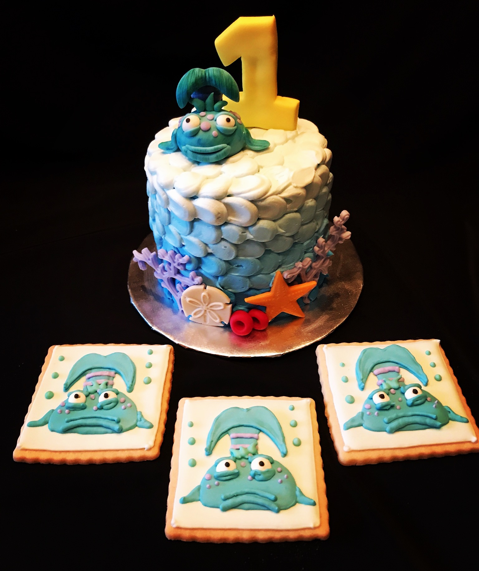 Pout Pout Smash cake & Cookies