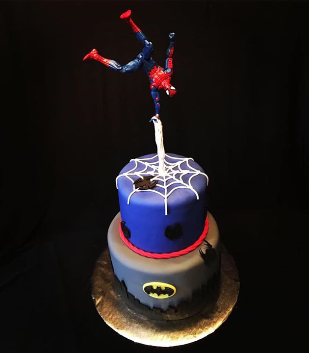 Spiderman_Batman cake