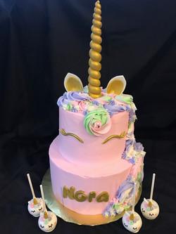 Unicorn cake-pastels