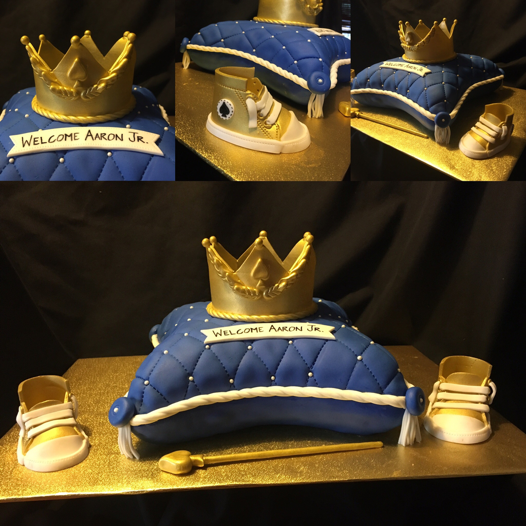 King Crown & Pillow cake