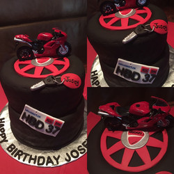 Ducati motorcycle cake