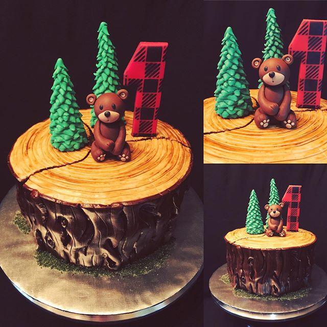 Lumberjack bear cake