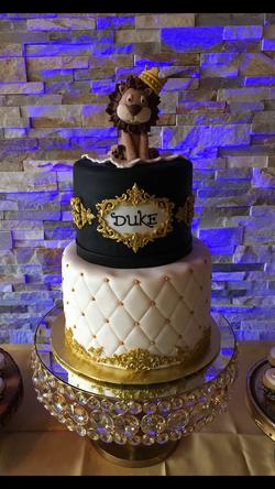 Royal Lion Cake