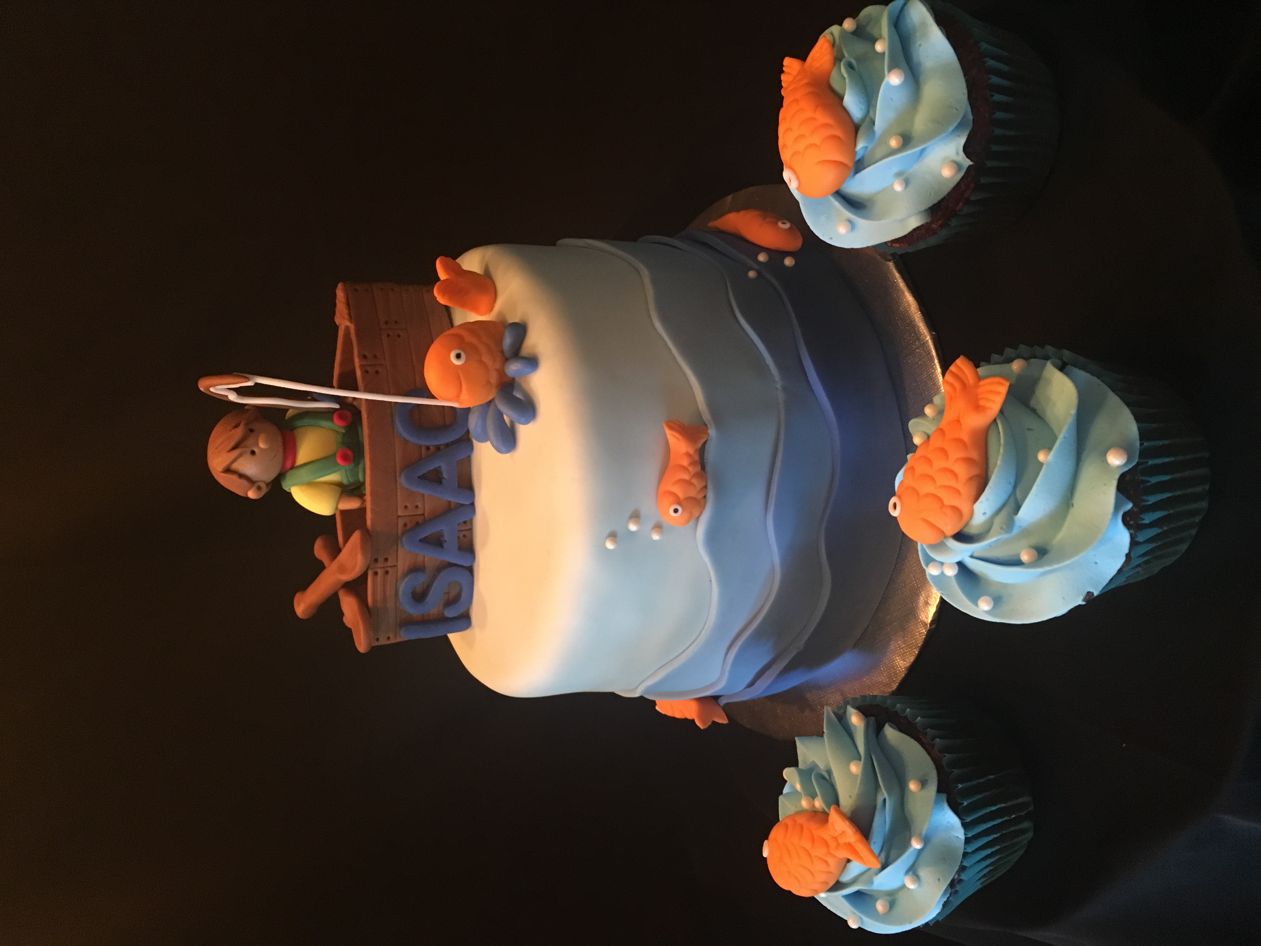 Gone Fishing Cake/cupcakes