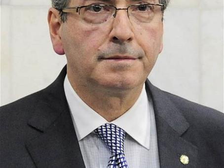Justiça penhora direitos autorais de livro escrito pelo ex-deputado Eduardo Cunha