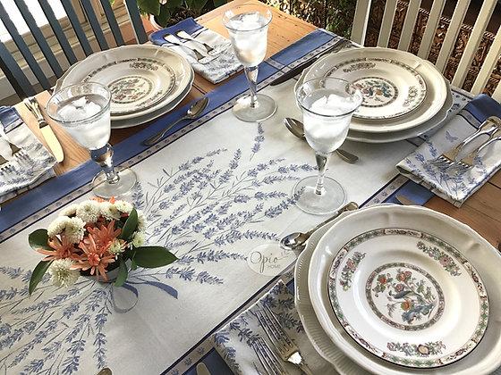 Grignan Blue/White Table Runner