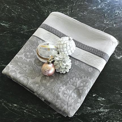Vaucluse Jacquard Tablecloth