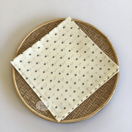 Calissons Ivory/sage Napkin - set of two