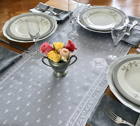 Durance Silver Table Runner