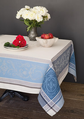 Versaille Jacquard Teflon Treated Tablecloth