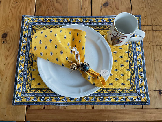 Quilted Yellow Avignon Placemat