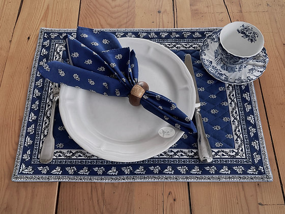 Quilted Blue Avignon Placemat