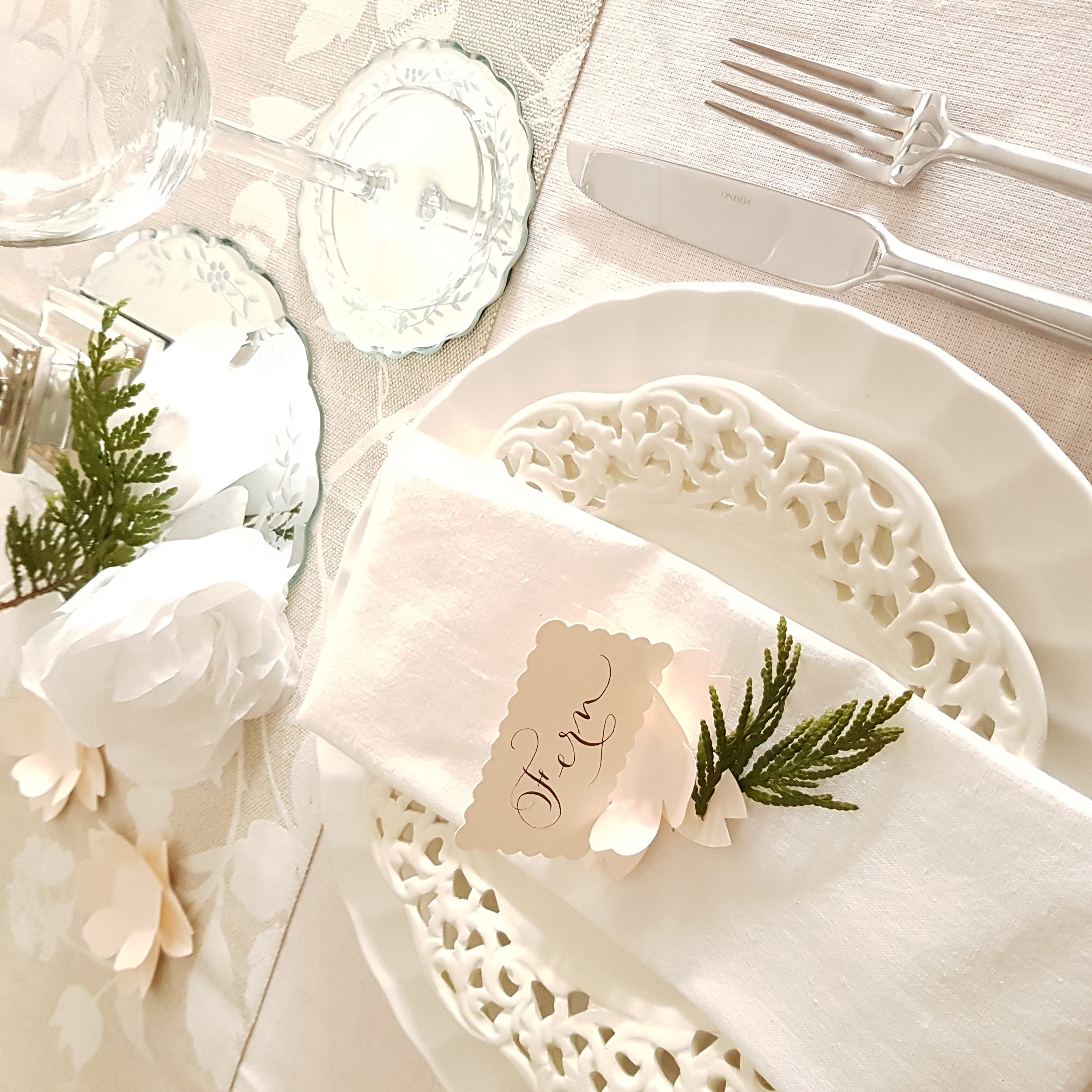 Sitting place cards