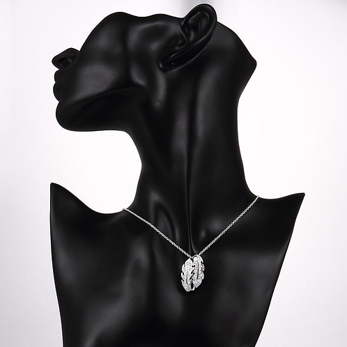 Clichy Necklace in 18K White Gold Plated made with Swarovski Crystals