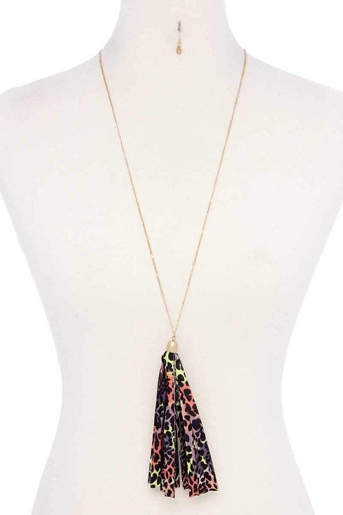 Animal Print Pattern Tassel Necklace