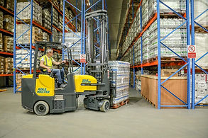 aisle master articulated forklift