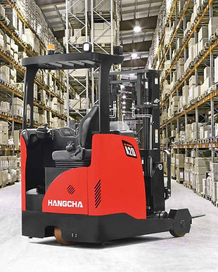 Warehouse forklift reach stacker