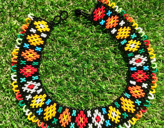 https://lelebombe.com/collections/necklace-1/products/tanuk