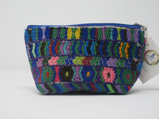https://feproject.org/products/cosmetic-pouch