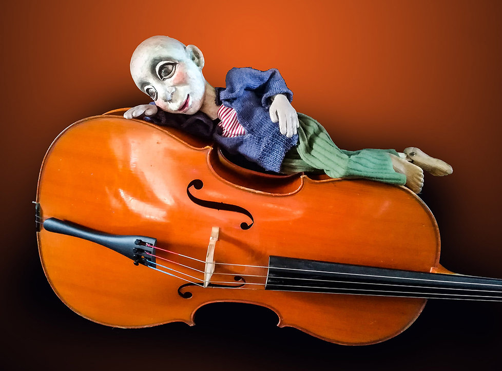 Cello+marionnette V1 hor.jpg