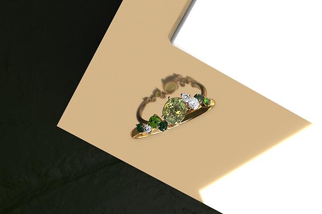 Delphin Green Blossom Cluster Ring