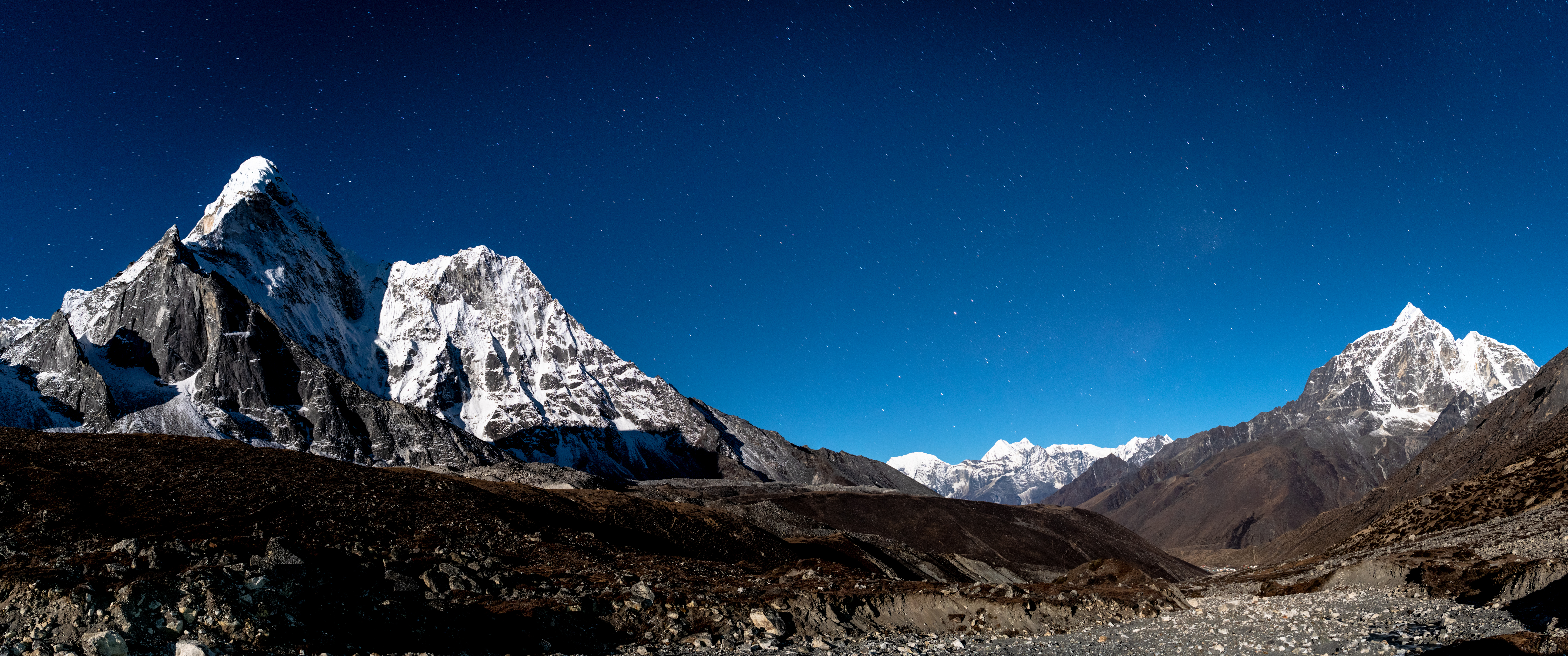 Ama Dablam under the Moonlight