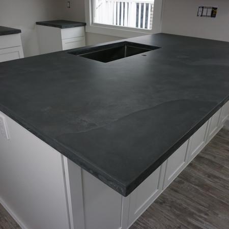 charcoal with medium gray veining kitchen countertops