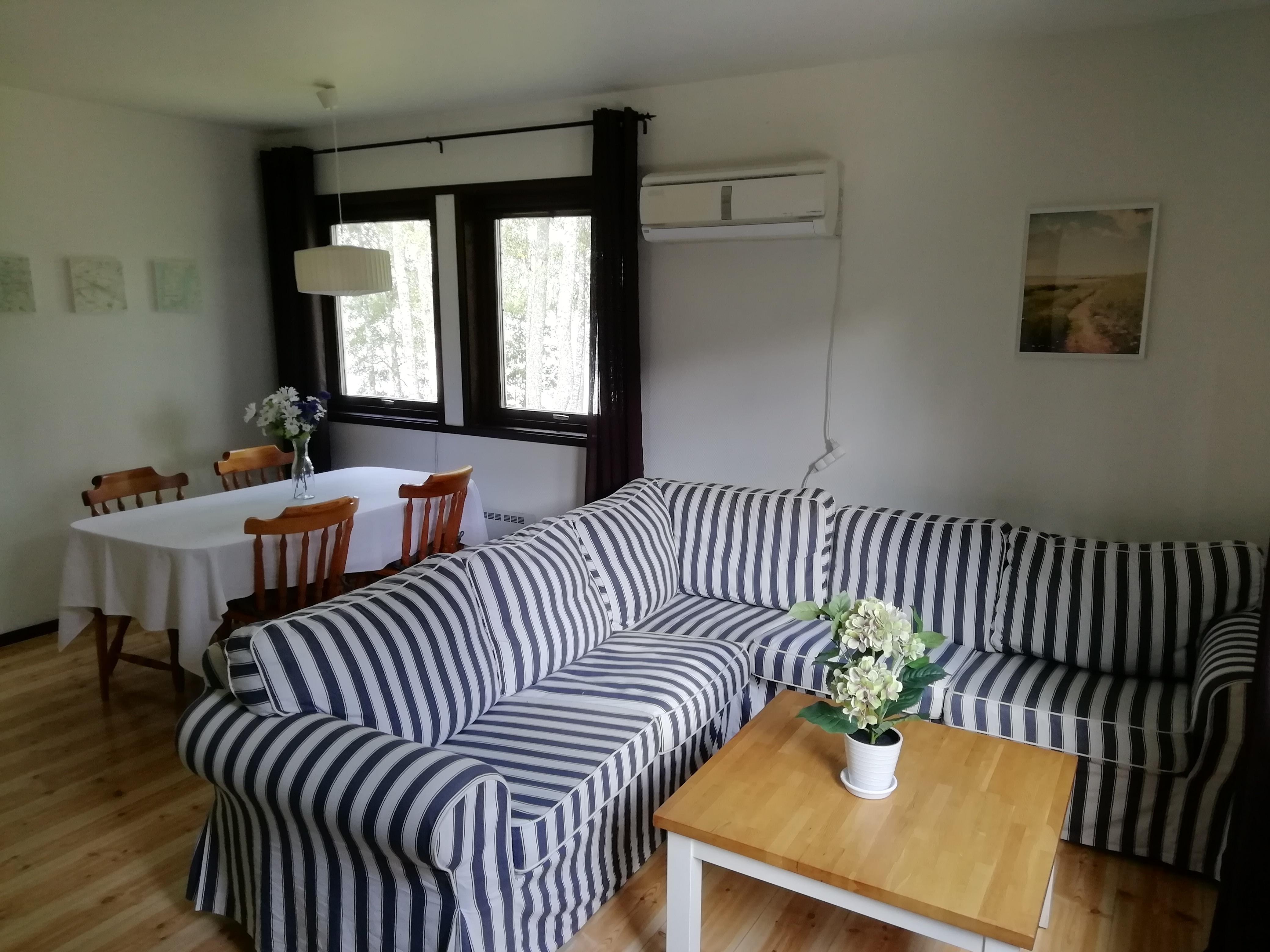 Annex Livingroom