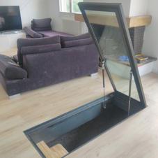 Trappe vitrée manuelle