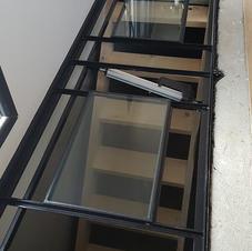 Trappe mixte verre et carrelage