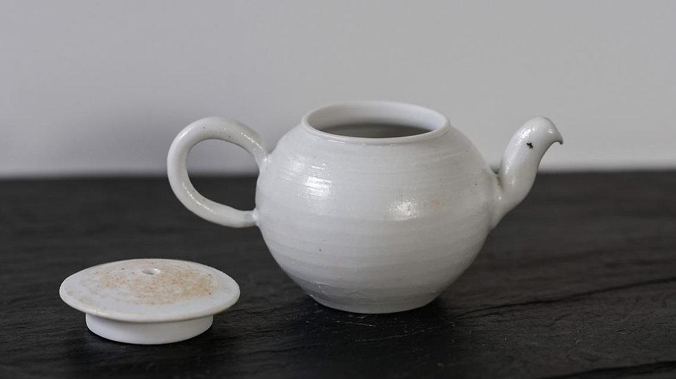 Théière porcelaine 1 / Porcelain Teapot 1
