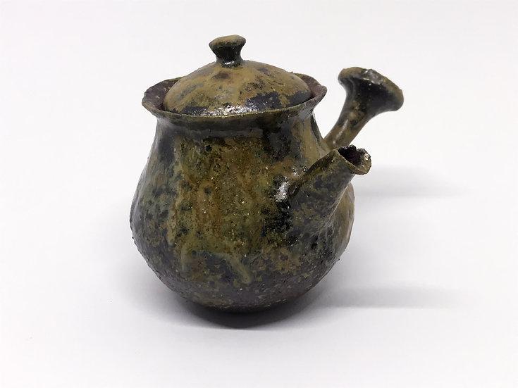 Théière façonnée main 1 /Hand pitched teapot 1 - 180ml