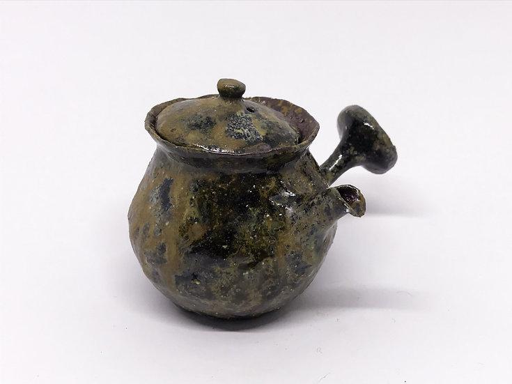 Théière façonnée main 6 /Hand pitched teapot 6 - 117ml