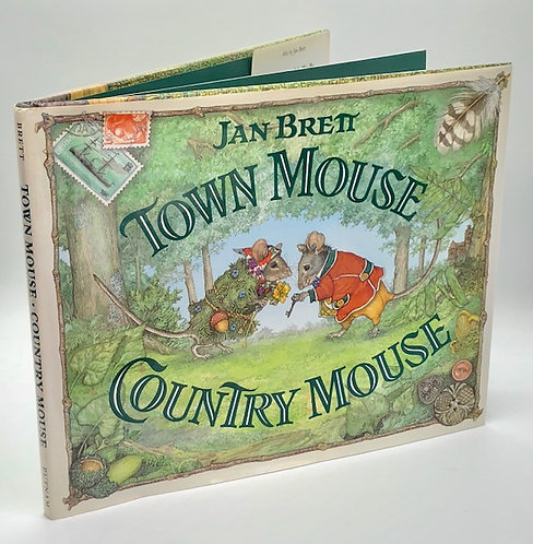 Town Mouse, Country Mouse, by Jan Brett