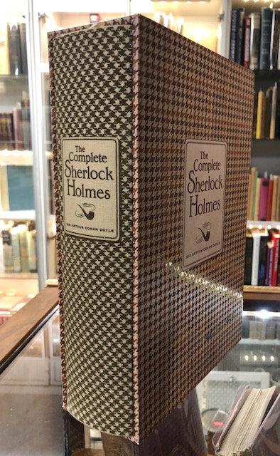The Complete Sherlock Holmes (Knickerbocker Classics) by Sir Arthur Conan Doyle