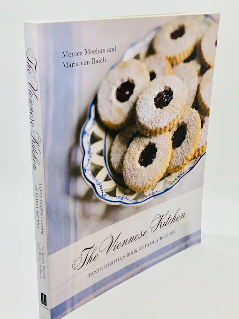 The Viennese Kitchen: Tanta Hertha's Book of Family Recipes