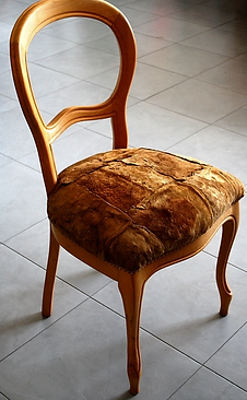 GZI Chair with Muskin